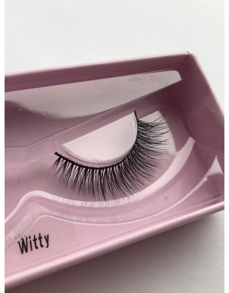 Witty Lashes