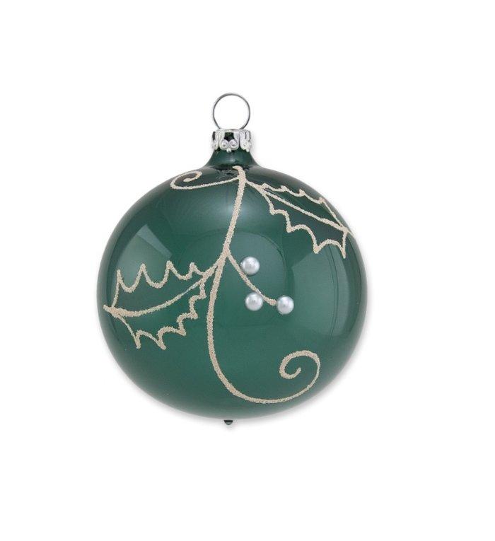 Varen groene kerstbal met hulst takken 8 cm