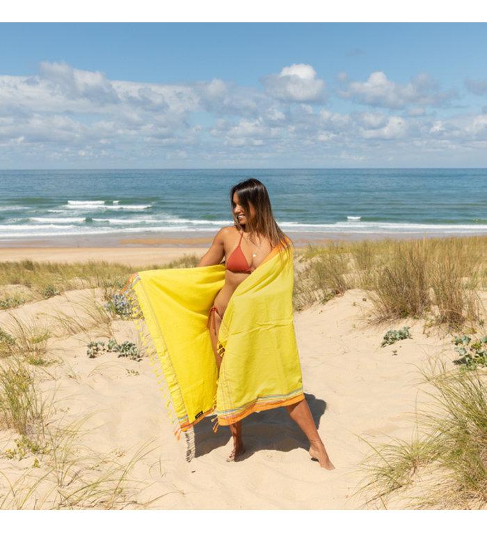 Simone et Georges gele Kikoy hamamdoek - strandlaken Barthelemy met badstof gevoerd