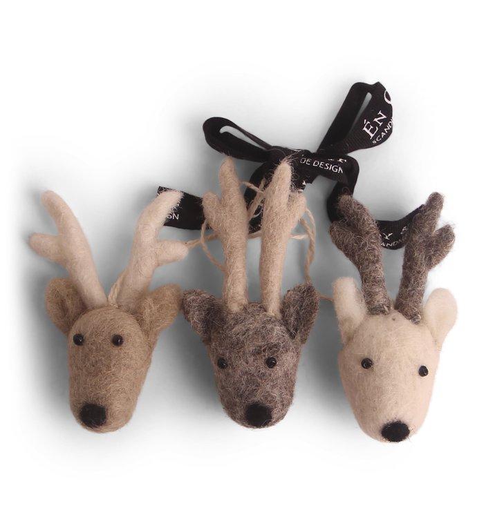 Én Gry & Sif drie handgemaakte vilten rendier gezichten - bruin en grijs - kerstboom decoratie hangertjes