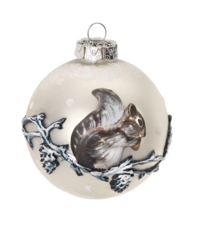 Prachtige glazen kerstbal met eekhoorn