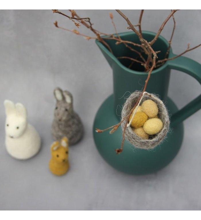 Én Gry & Sif handgemaakt vogelnestje paashanger eitjes rood