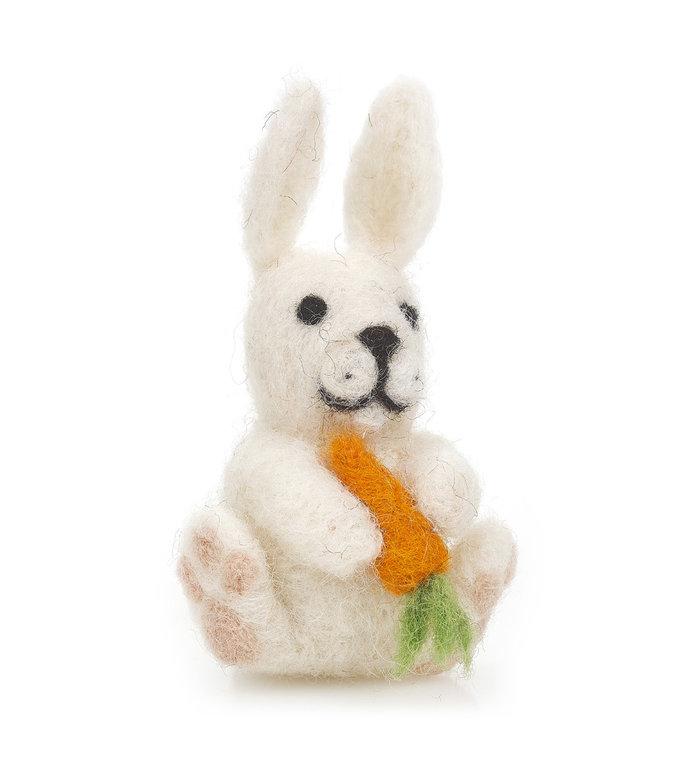 Felt so good Handgemaakt vilten hangertje wit haasje met wortel