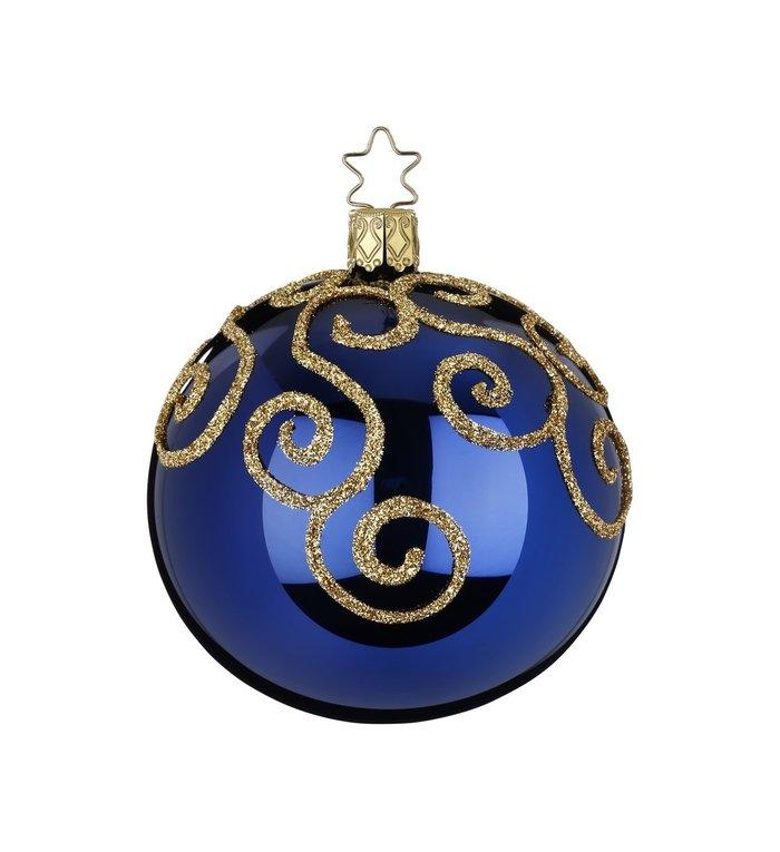 Donker blauwe glanzende kerstbal met gouden engelenkrullen  8 cm - handgemaakt in Duitsland