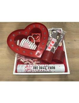 Valentijncadeau LET LOVE RULE