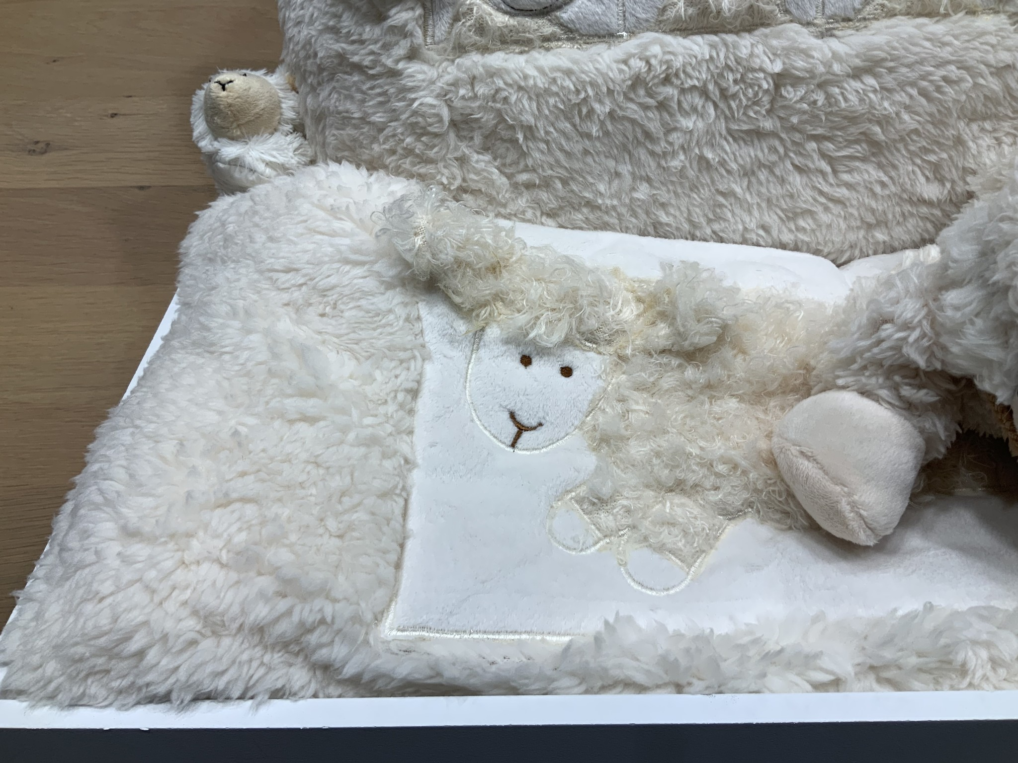 Mars & More SOFT SHEEP