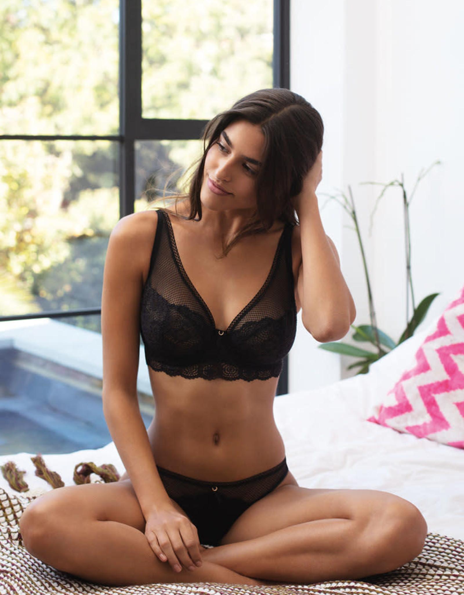 Freya Expression - Brazilian