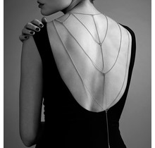 Magnifique - Metallic chain Back and Cleavage Jewelry - Zilver