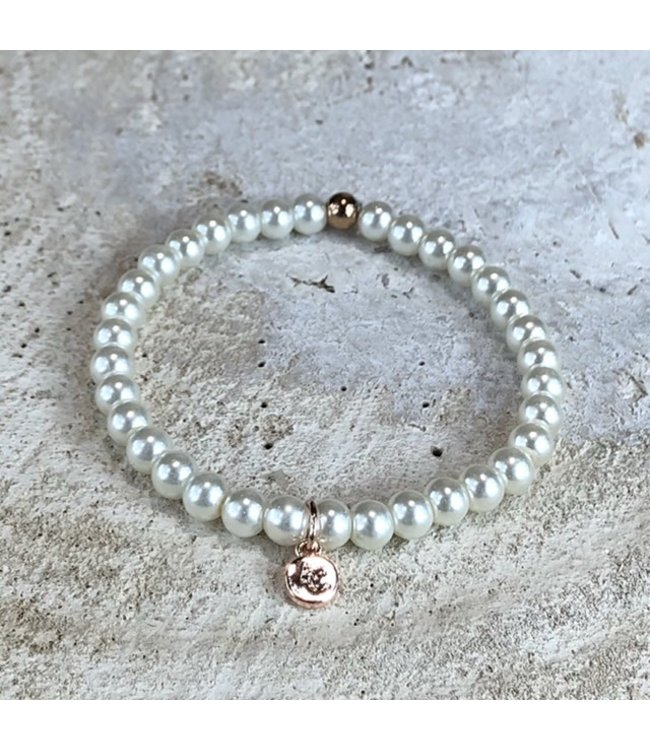 MIRACLES MIRACLES by Annelien Coorevits armband MEDIUM WHITE FRESH WATER PEARLS - ACBRA080006