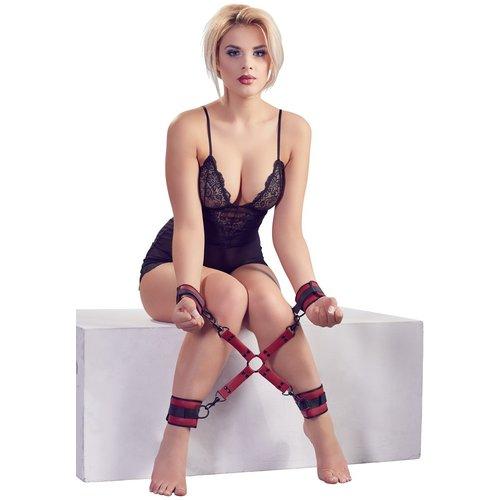 Bad Kitty Cross Bondage Set voor Handen en Voeten