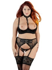 Cottelli Collection Plus Plus Size Jarretel Lingerie Set met Choker Halternek