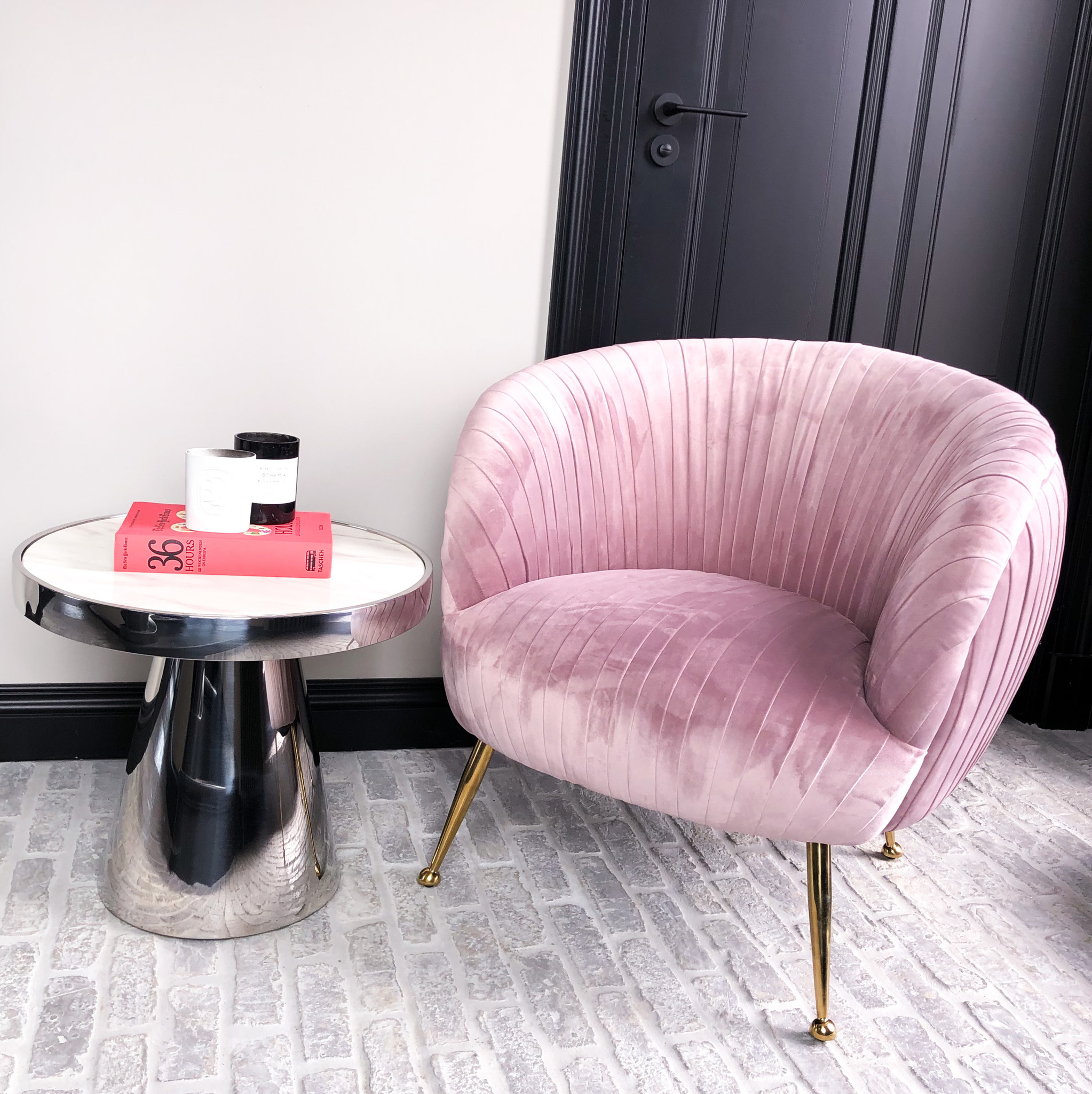 Luxurious Chair Perugia Pink Velvet-4