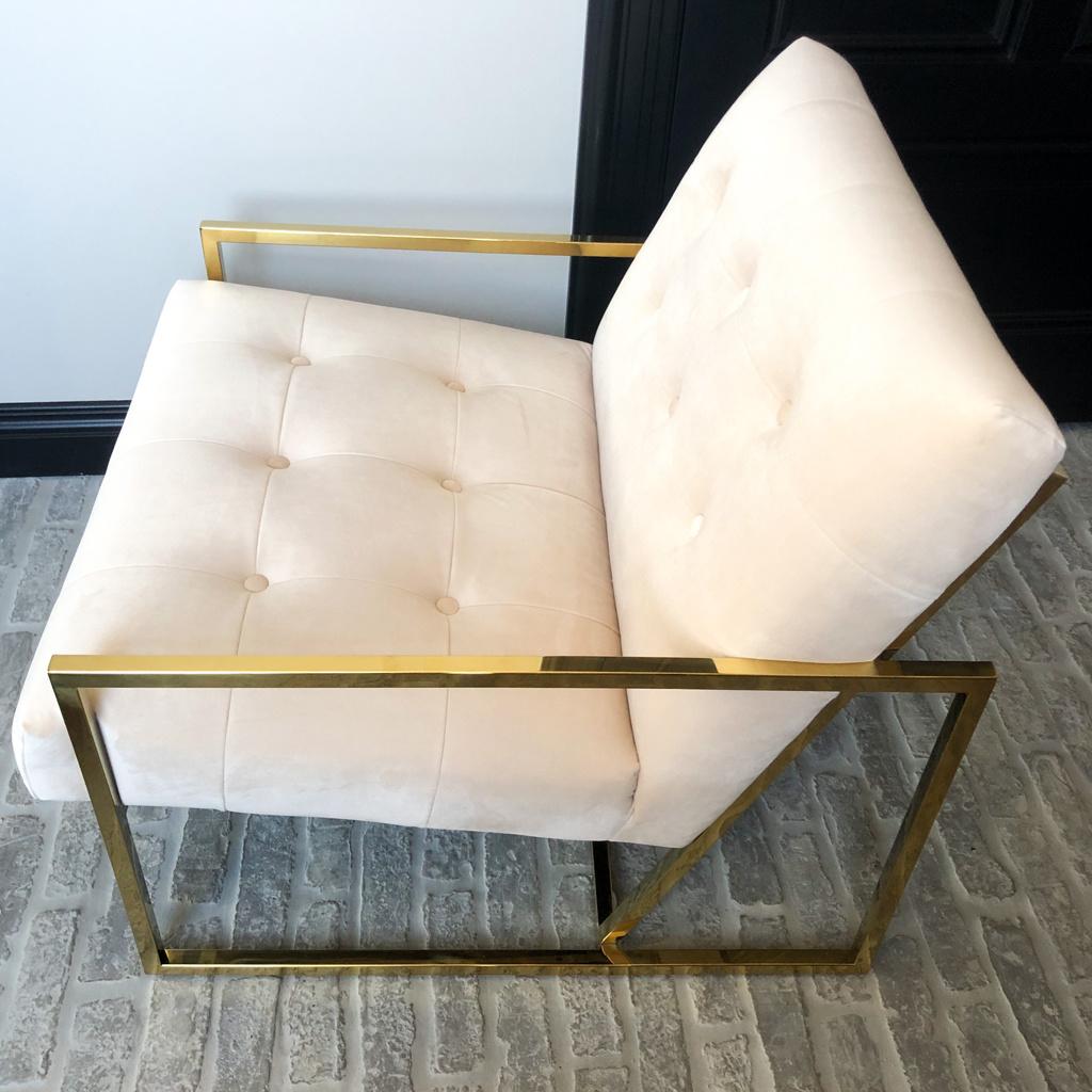 Luxurious Chair Mahora Ivory Velvet-4