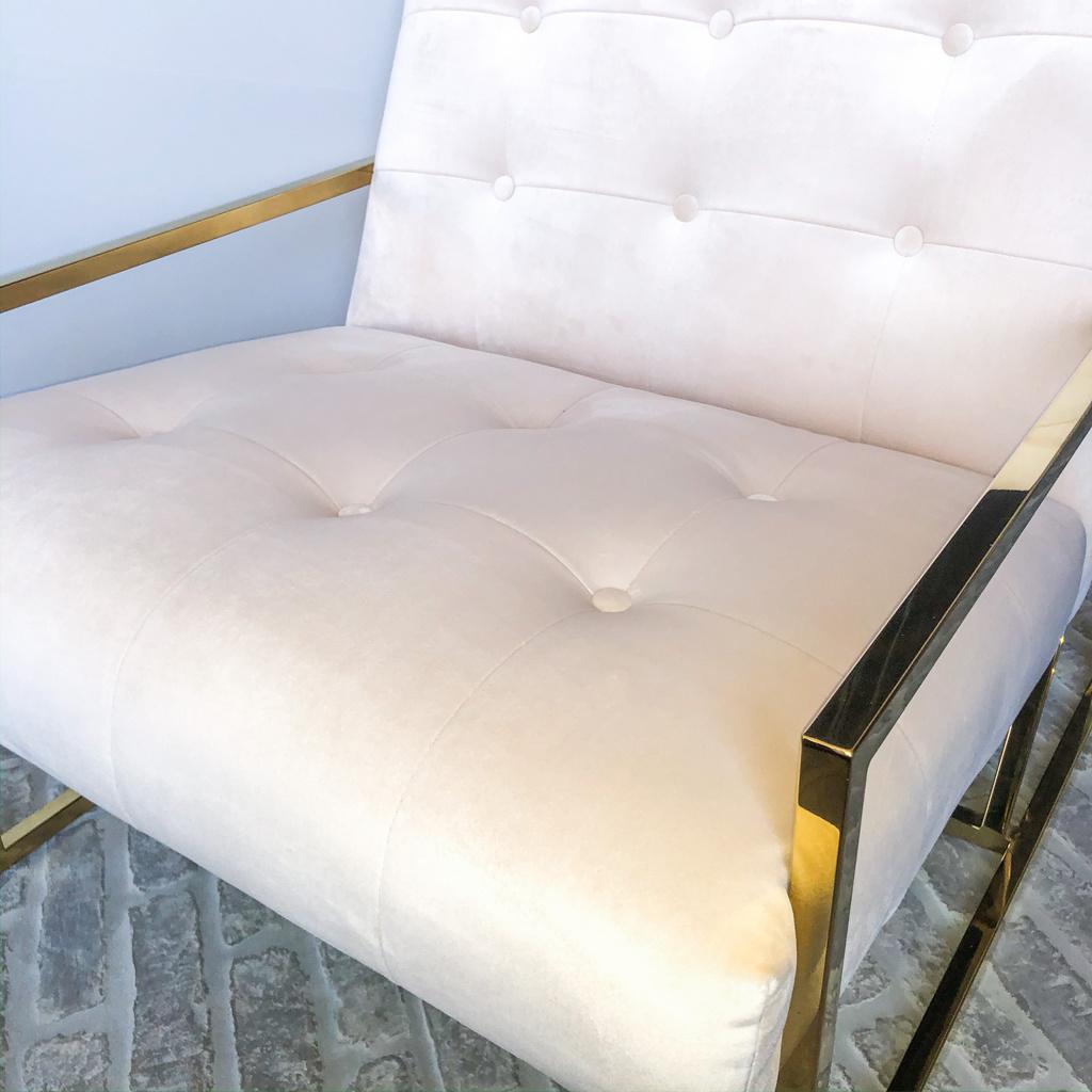 Luxurious Chair Mahora Ivory Velvet-5