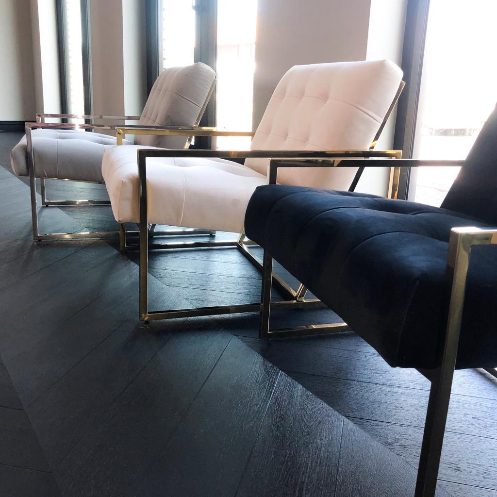 Luxurious Chair Mahora Ivory Velvet-10