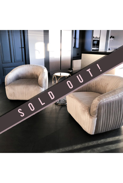 Luxurious Chair Connor Dark Grey Velvet