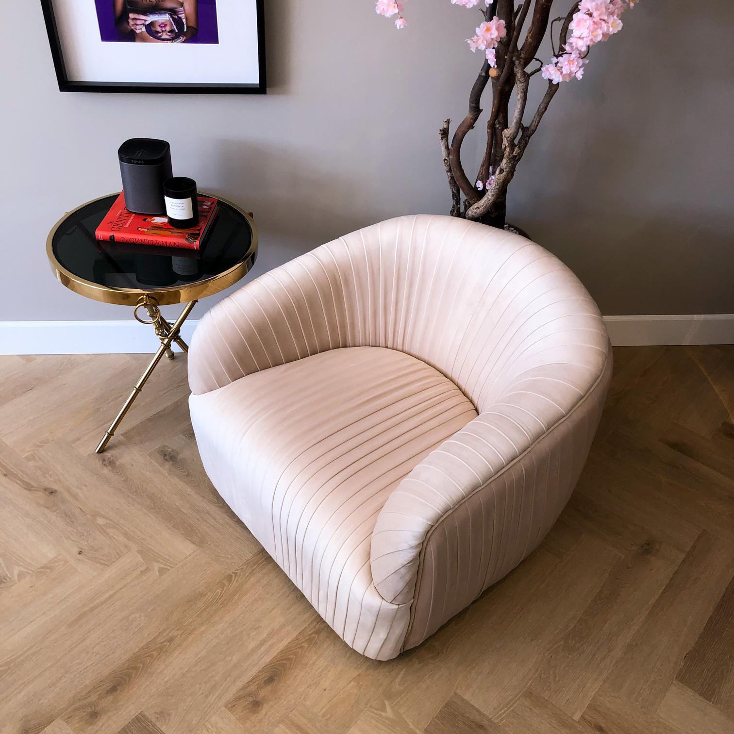 Luxurious Chair Connor Ivory Velvet-2