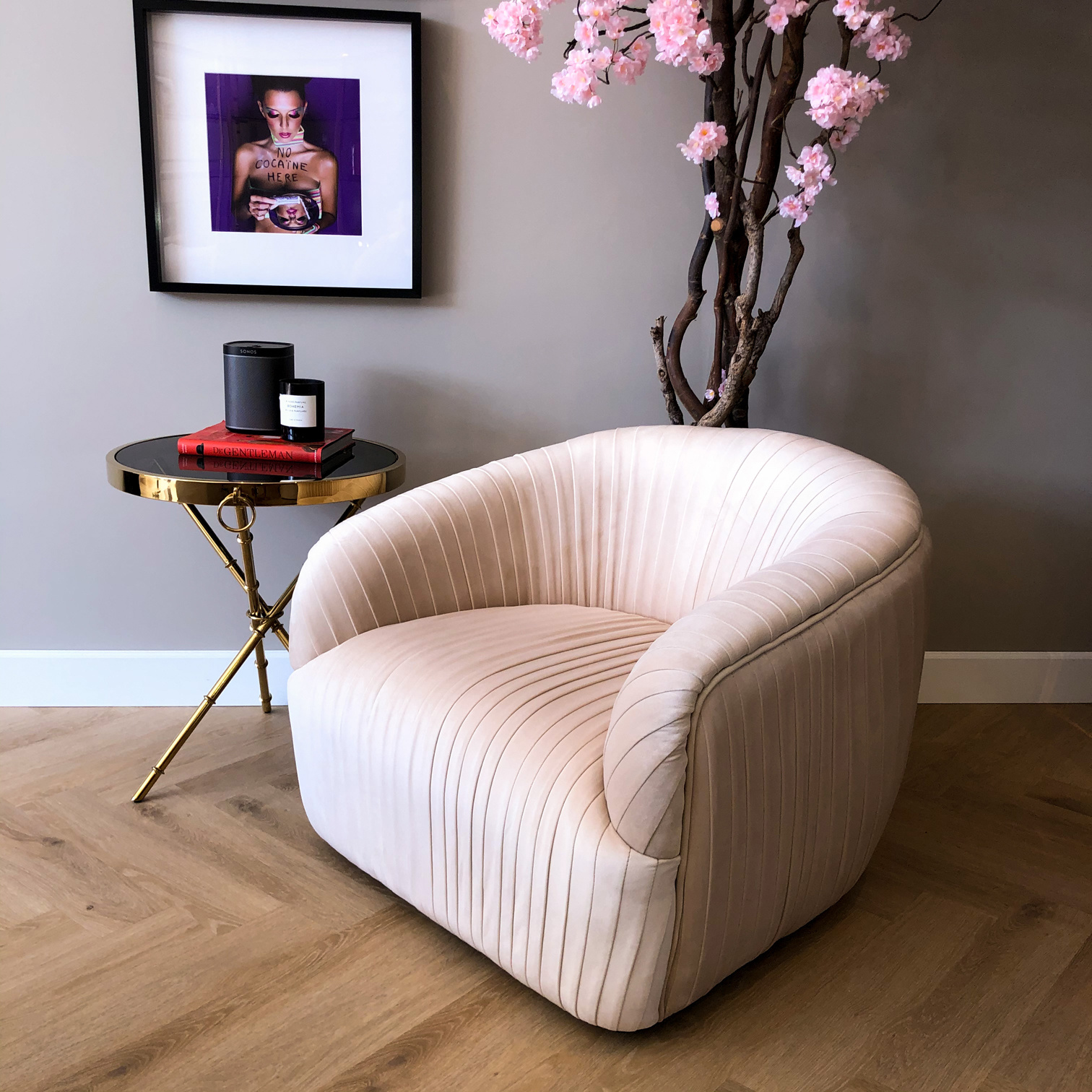 Luxurious Chair Connor Ivory Velvet-1