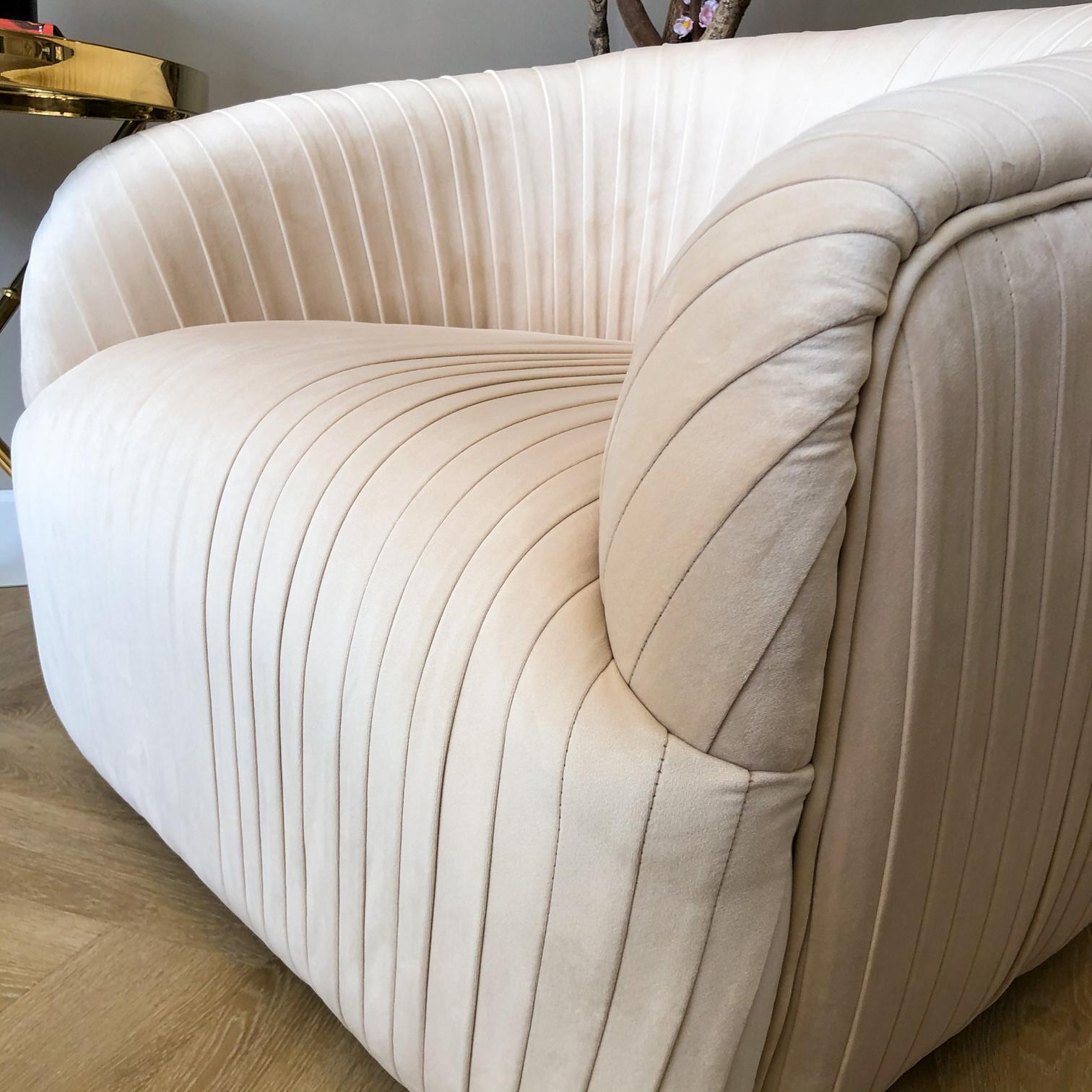 Luxurious Chair Connor Ivory Velvet-4