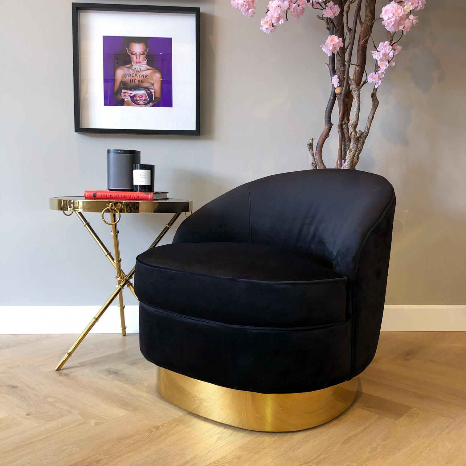 Luxurious Chair Giardion Black Velvet-1