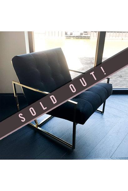 Luxurious Chair Mahora Black Velvet