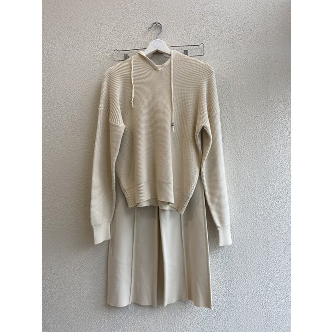 COMFY SET OFF WHITE ONE SIZE