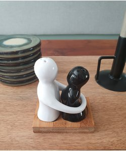 TASTY LOVE salt & pepper set