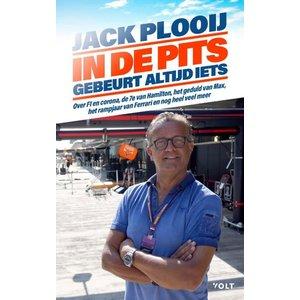 Jack  Plooij In de pits gebeurt altijd iets Gesigneerd