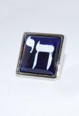 Chaipainter Chai Pin broche  in Israëlische blauw witte kleuren.