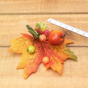 Appel met groot blad deko