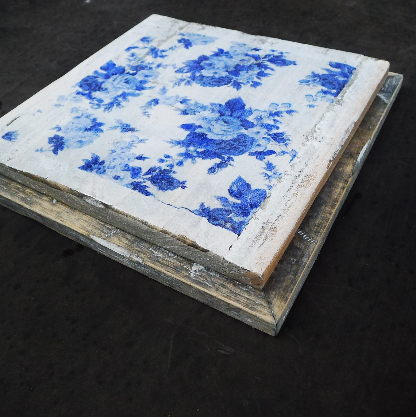 wooden tile old dutch delft rose out-2