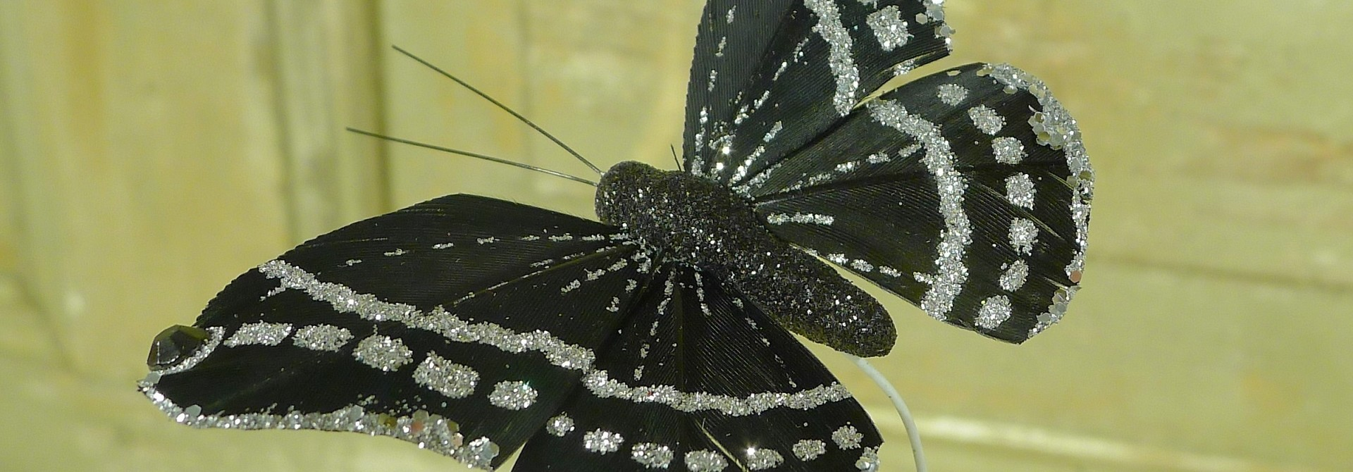 flor dec fabric butterfly 7.5 black