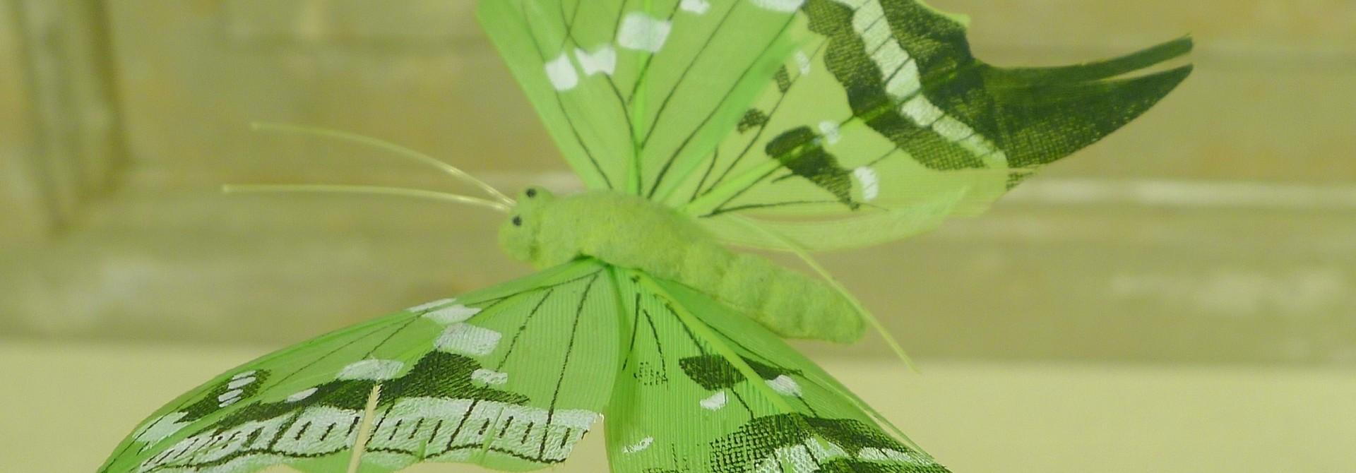 flor dec fabric butterfly 7.5 green