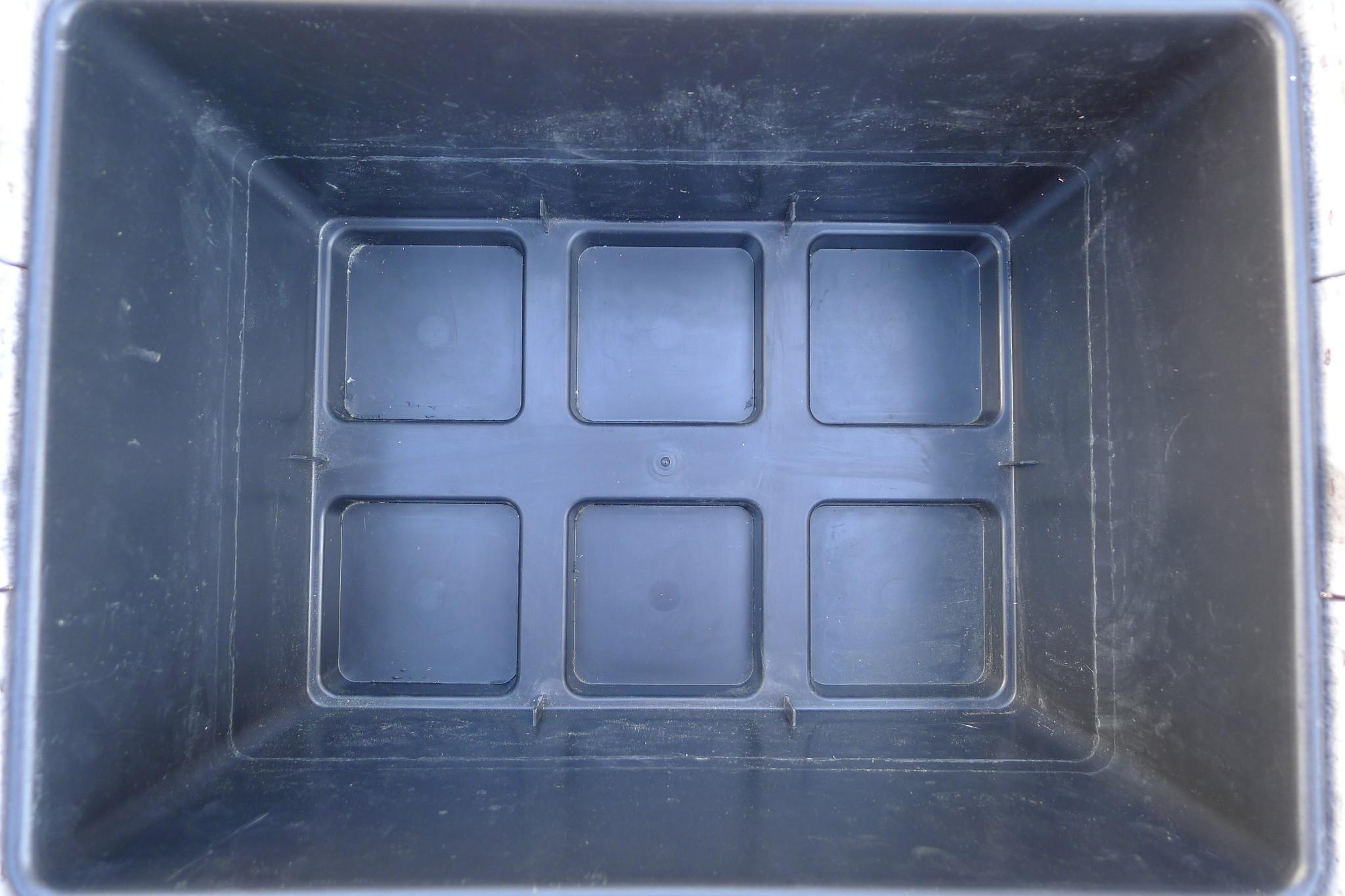 shop int  plastic  moer crate-2