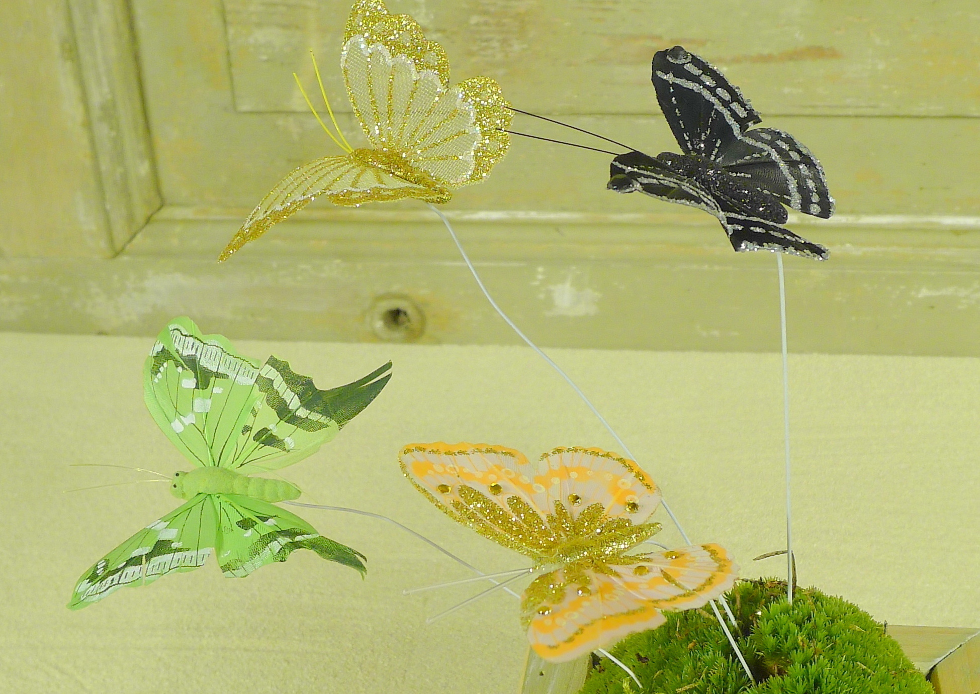 flor dec fabric butterfly 7.5 gold-10