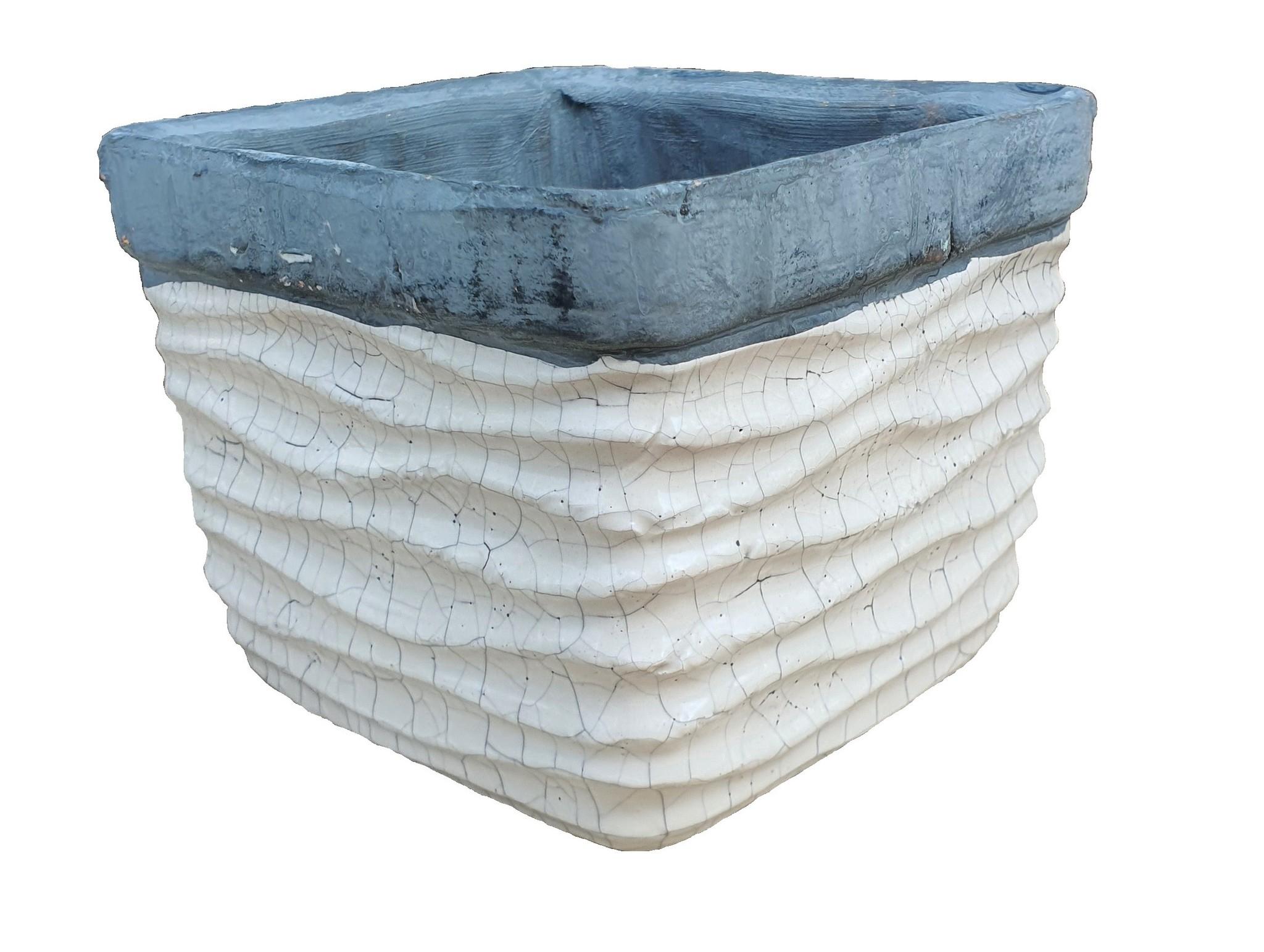 pot ceramic sqaure ribbed pot 13,5-1