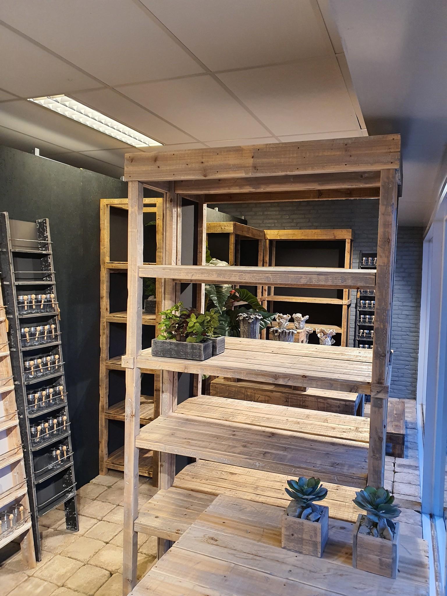 shop int old dutch cabinet C 220-3