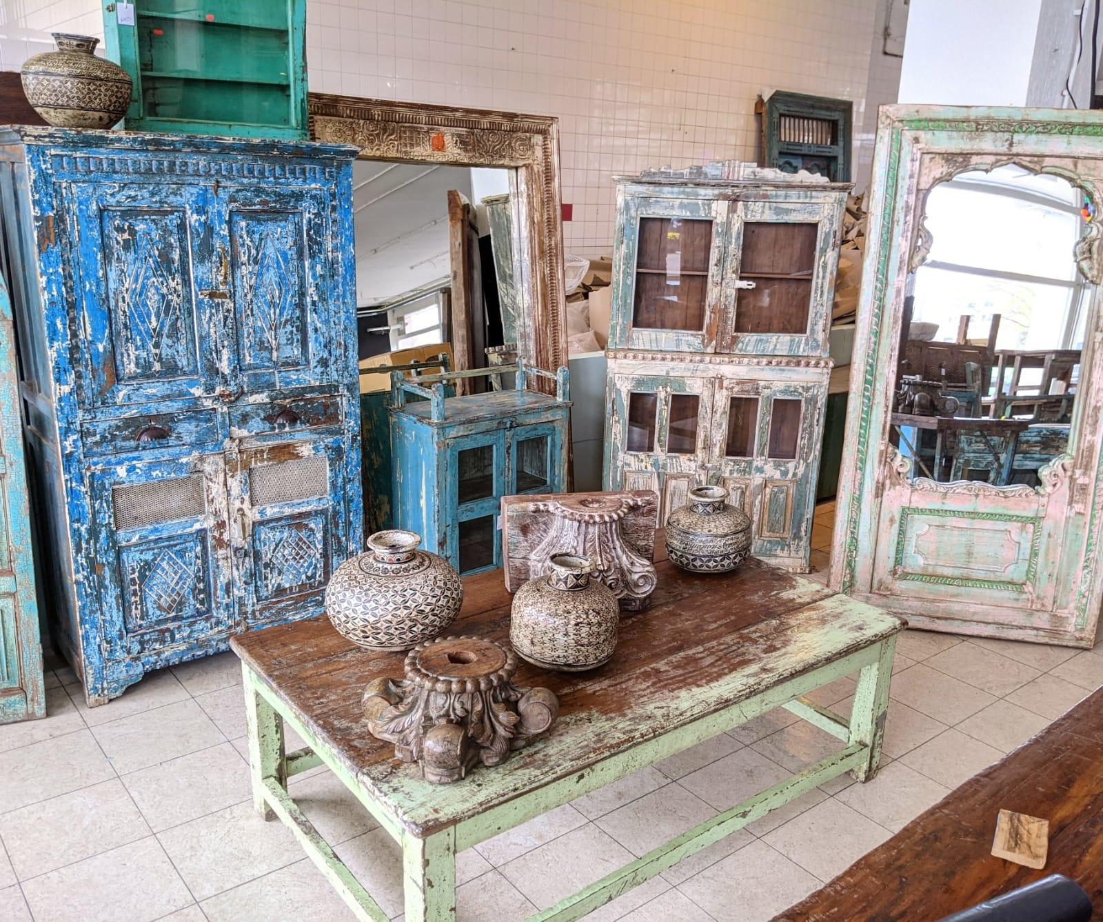 Vintage Adventures Indiase meubels Haarlem