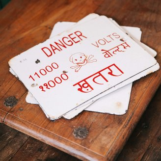 Vintage Adventures Danger bordje
