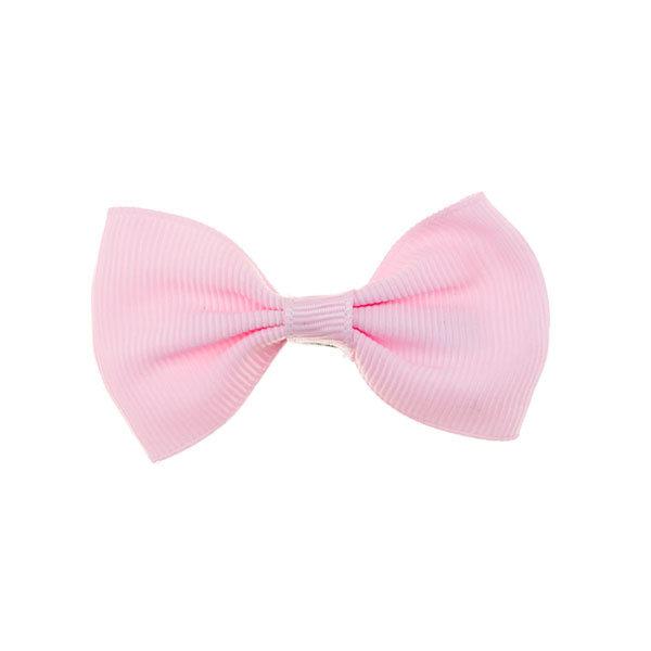 Haarstrik model strak in de kleur roze