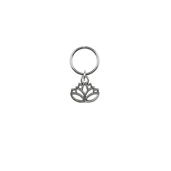 Hair ring met bedel lotus zilverkleurig