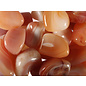 Agaat (abrikoos) trommelstenen M (50 gram)
