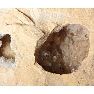 Calciet (wit) geode 20 x 18 x 9 cm / 4300 gram