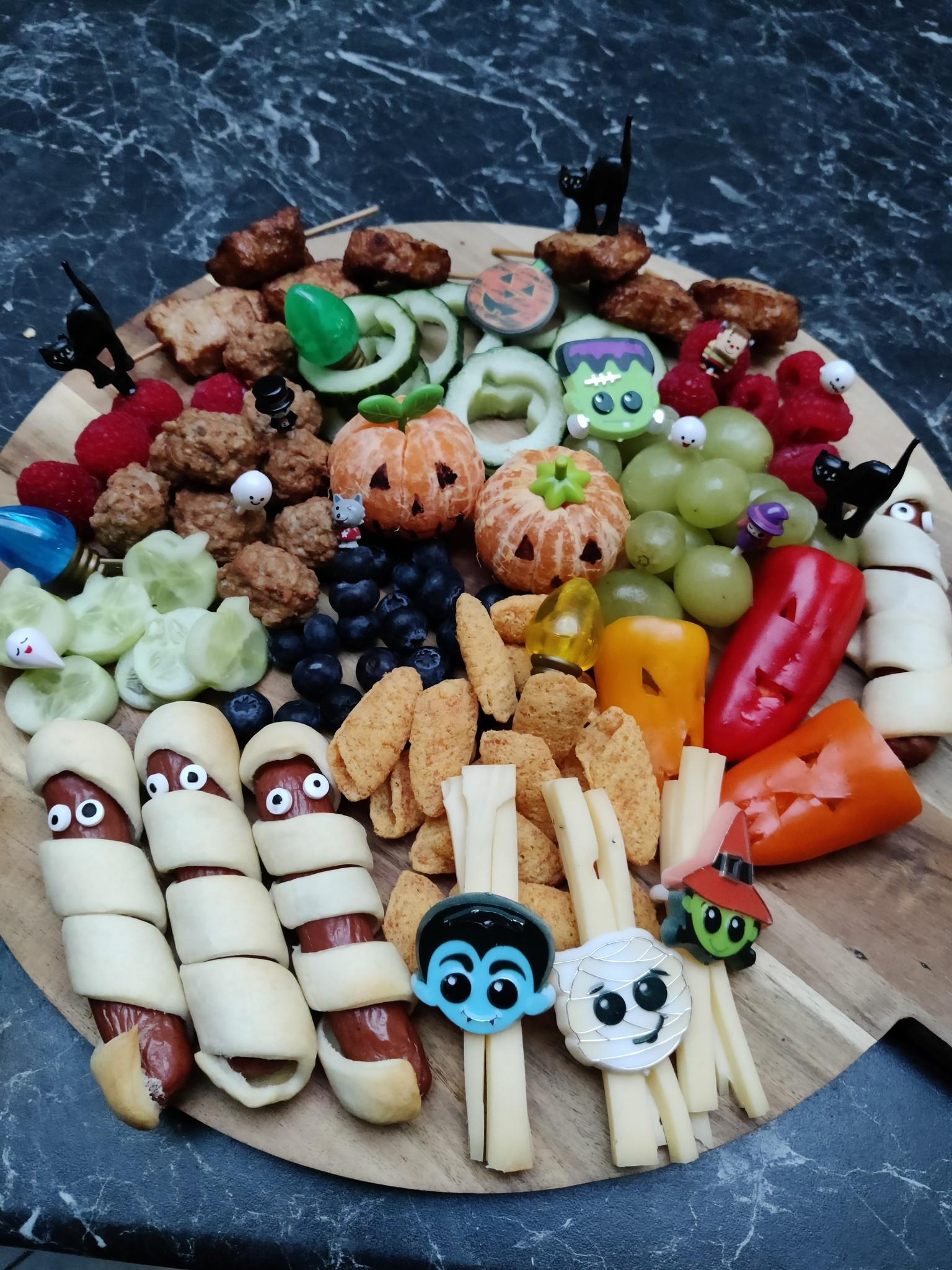 Monkey platters met Sanne van Two Little Vikings. Leer je kind gevarieerd eten op een leuke manier.