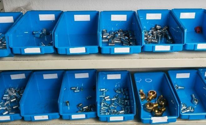 Pojemniki warsztatowe, kuwety plastikowe