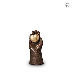 UGK 004 A Keramische urn brons Handje met hart