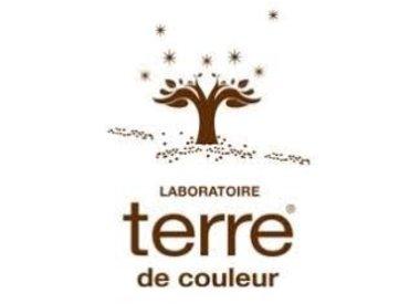 TERRE DE COULEUR