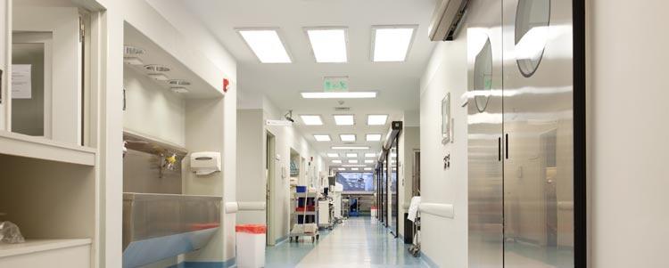 Tehokkaat LED-valot sopivat hyvin tiloihin, joissa tarvitaan hyvää valaistusta.