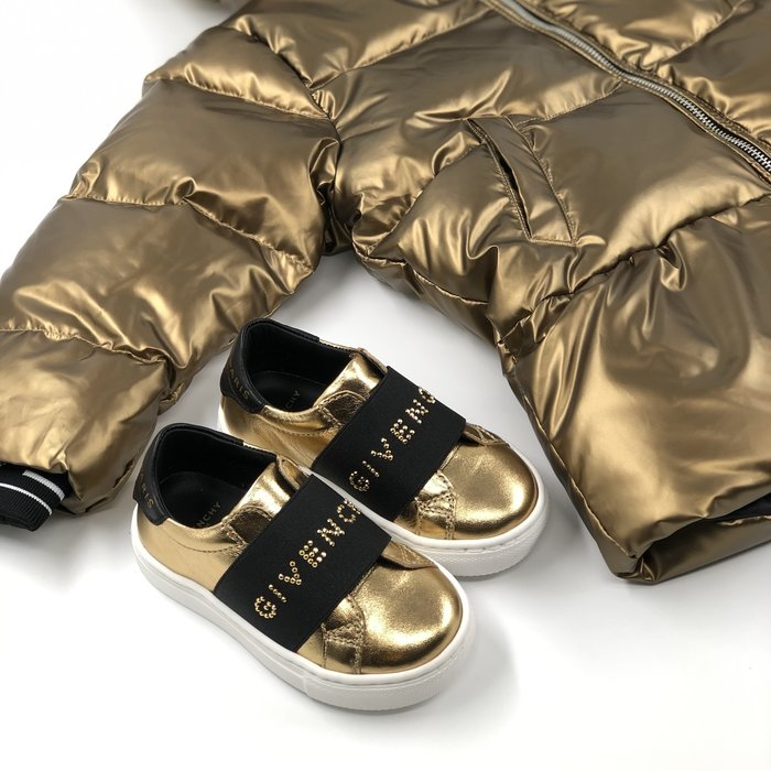 Givenchy gold