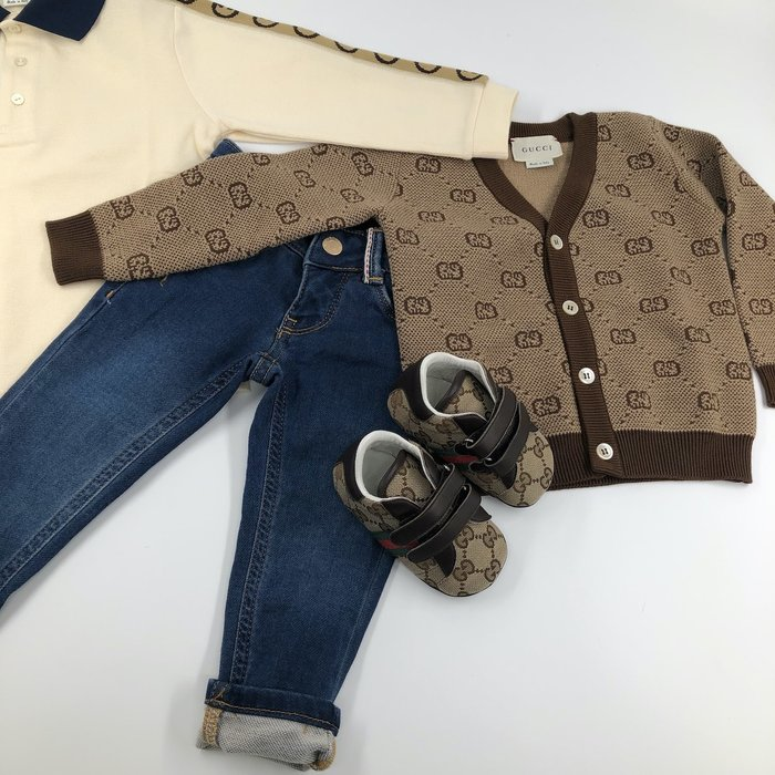 Gucci cardigan jeans sneakers